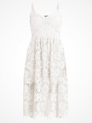 Vero Moda VMAMY SINGLET DRESS Cocktailklänning snow white