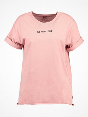 Lee ALL NIGHT LONG Tshirt med tryck faded pink