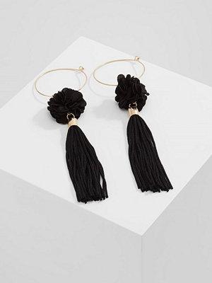 Topshop örhängen HOOP FLOWER  Örhänge black