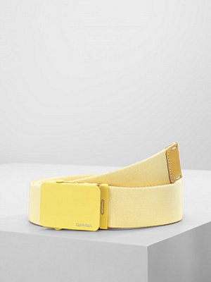 Calvin Klein PLAQUE  Skärp yellow