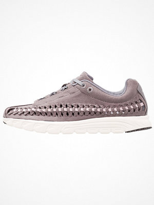 Nike Sportswear MAYFLY WOVEN Sneakers gunsmoke/particle rose/sail/black