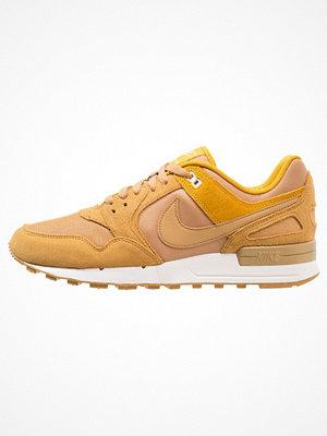 Nike Sportswear AIR PEGASUS '89 Sneakers elemental gold/mineral yellow/summit white