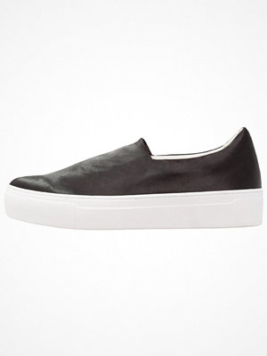 Even&Odd VEGAN Slipins black