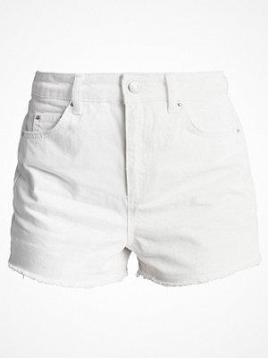 Topshop PLAIN MOM SHORTS Jeansshorts white
