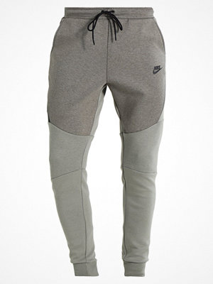 Nike Sportswear TECH JOGGER Träningsbyxor dark stucco/heather/black