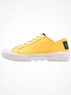 Calvin Klein Jeans BIANCA Sneakers accent yellow