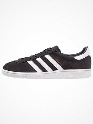Adidas Originals MÜNCHEN Sneakers carbon/footwear white/gold metallic