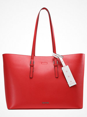 Calvin Klein röd shopper ZONE LARGE Shoppingväska red