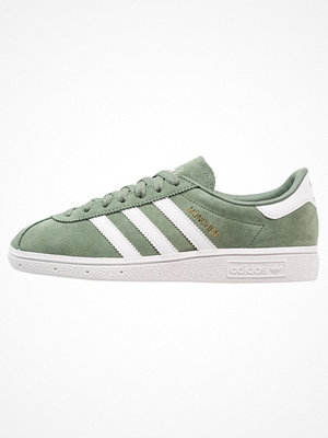 Adidas Originals MÜNCHEN Sneakers trace green/footwear white/gold metallic