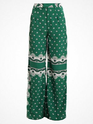 Missguided FLORAL PRINT TROUSERS Tygbyxor green mönstrade