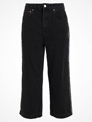 Topshop SIDE STRIPE CROP Jeans straight leg washed black