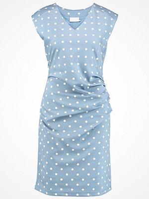 Kaffe INDIA VNECK DRESS DOTS Jerseyklänning blau