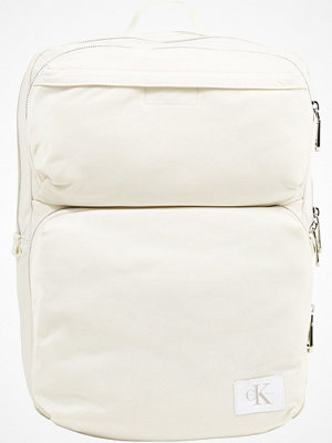 Calvin Klein Jeans PILOT SQUARE BACKPACK  Ryggsäck white
