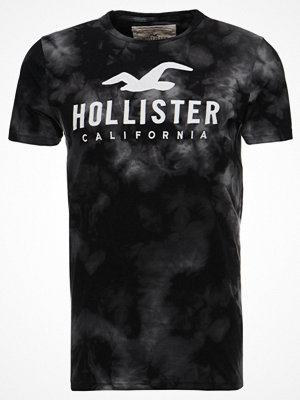 Hollister Co. ICONIC TECH WASH Tshirt med tryck black pattern