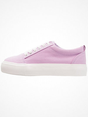 Even&Odd Sneakers purple