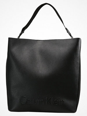 Calvin Klein shopper EDGE SEASONAL LARGE Shoppingväska black