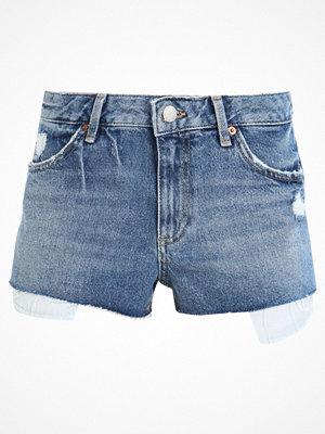 Shorts & kortbyxor - Topshop CORY Jeansshorts blue denim