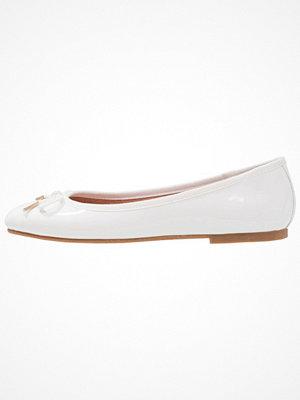 Tamaris Ballerinas white
