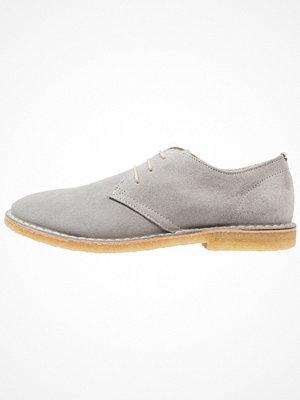 Shoe The Bear TYLER Snörskor light grey