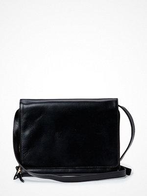 Royal Republiq svart axelväska Raf Hand Bag