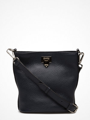 Decadent svart axelväska Small Bucket Bag W/Buckle