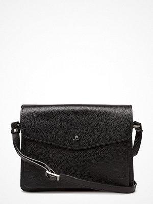 Adax svart axelväska Cormorano Shoulder Bag Lilja