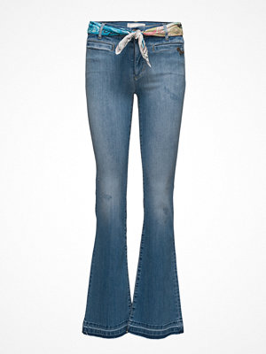 Odd Molly omönstrade byxor Janis Stretch Flare Jean