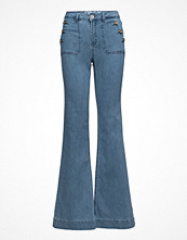 Byxor - Only Onllea Highw Dnm Flared Jeans Cre
