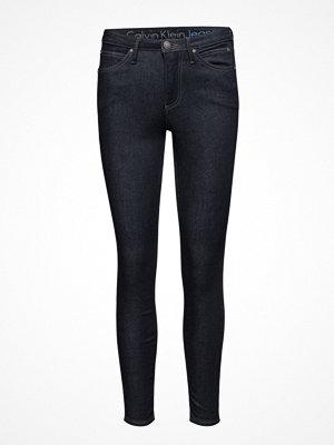 Calvin Klein Jeans Sculpted  Skinny - D