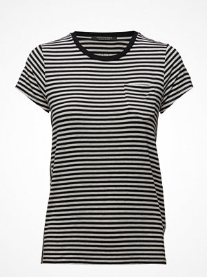 Scotch & Soda Slim Fit Round Neck Tee With Chest Pocket