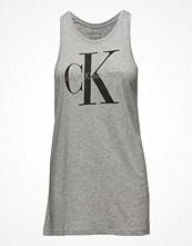 Tunikor - Calvin Klein Jeans Tyler-2 True Icon Cn