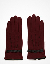 UNMADE Copenhagen Twisted Leather Detail Glove