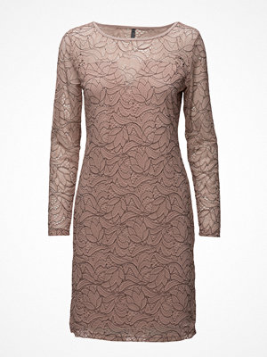 Freequent Lena-Lace-Dr-Sp17
