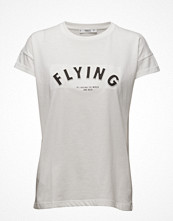 Mango Embossed Text T-Shirt
