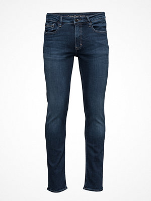 Calvin Klein Jeans Slim Straight - True