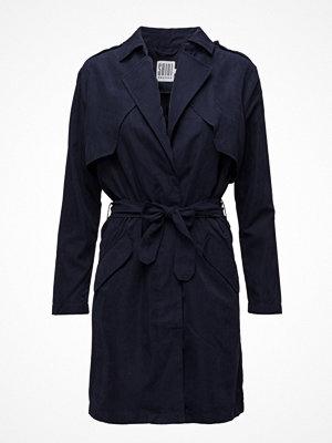 Trenchcoats - Saint Tropez Trench Coat