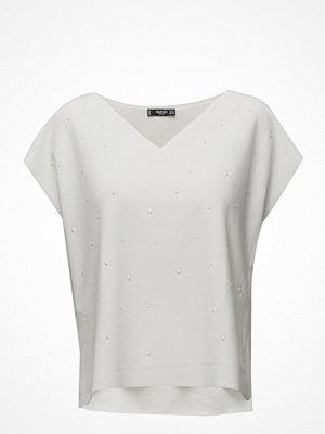 Mango Pearls T-Shirt