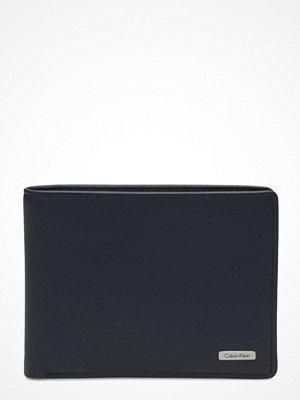 Plånböcker - Calvin Klein Rail Billfold 8cc 00