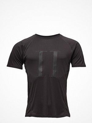 Sportkläder - Tracks by Les Deux Run Logo T-Shirt Men