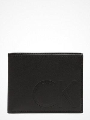 Plånböcker - Calvin Klein F1nn 4cc ?