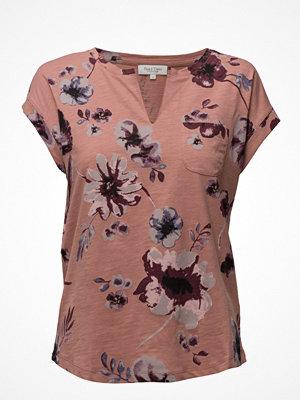 T-shirts - Part Two Kedita Ts
