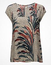 Saint Tropez Feather Printed Top