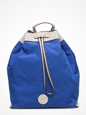 Calvin Klein blå ryggsäck Ed1th Backpack