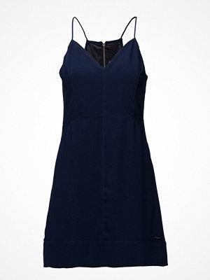 Calvin Klein Jeans Davina Fitted Strapp