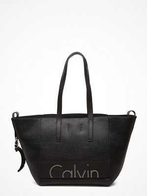 Calvin Klein svart shopper med tryck Re-Issue # Tote Pu 0