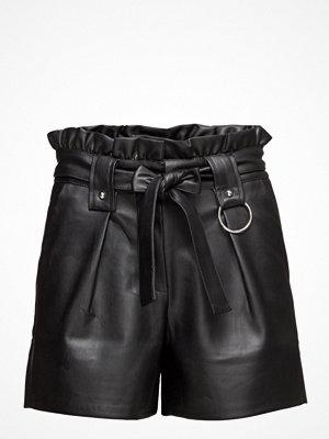 Shorts & kortbyxor - Mango Faux Leather Shorts