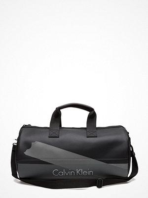 Calvin Klein Col3 Weekender 001,