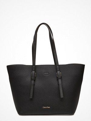 Calvin Klein svart shopper Ck Medium Tote Solid