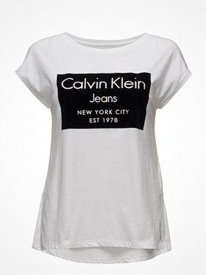 Calvin Klein Jeans Tika-22 Cn Lwk S/S,