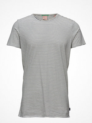 T-shirts - Scotch & Soda Classic Crewneck Tee In Lightweight Jersey